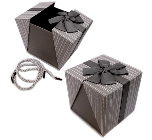 Подарочная коробка 11Х11см серая